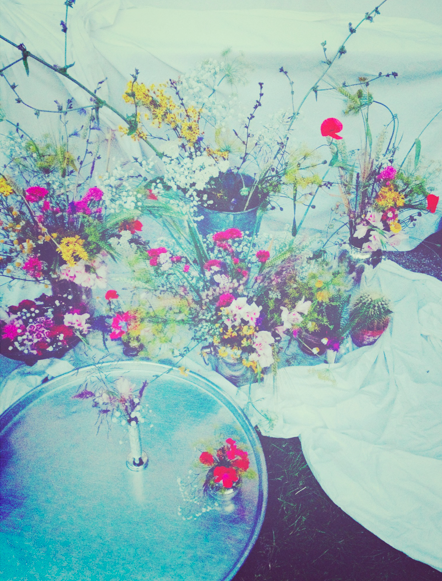 flower arrangement for garden party via Passion and Obsession blog