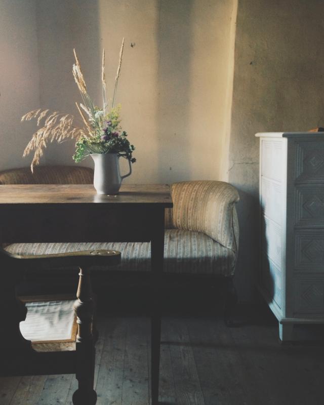 Italian antique bedroom via Stilzitat blog