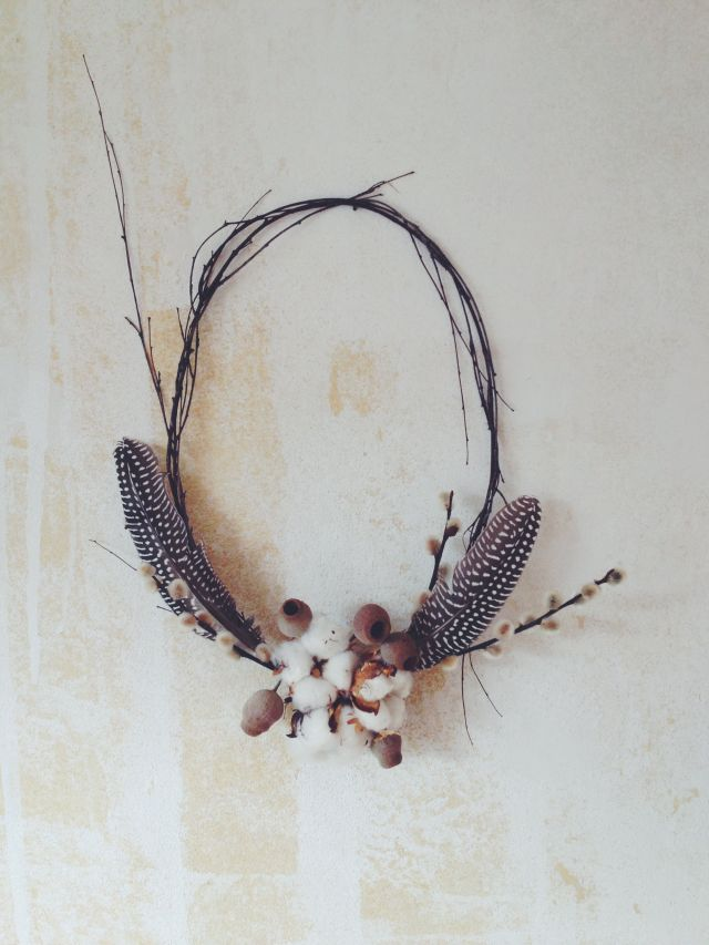 Dried feather wreath via Stilzitat blog